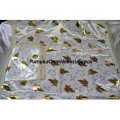 Комплект из атласа с золотым накатом и кружевом