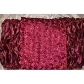 Обшивка гроба из бордового атласа верх из нашивных роз