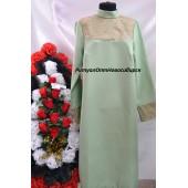 Платье с гипюром фисташка